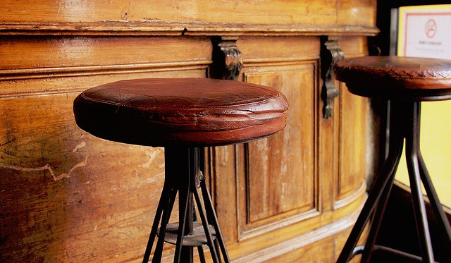 Leather bar stool seat